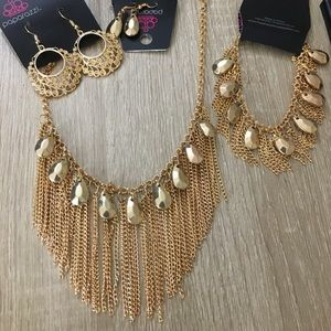 Jewelry - 3 piece paparazzi set
